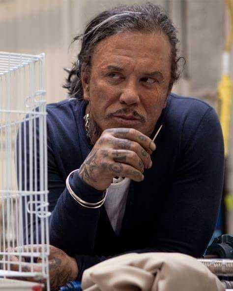 """Actorul Mickey Rourke a participat, în plină pandemie, la filmările pentru """"Warhunt"""" din Letonia"""