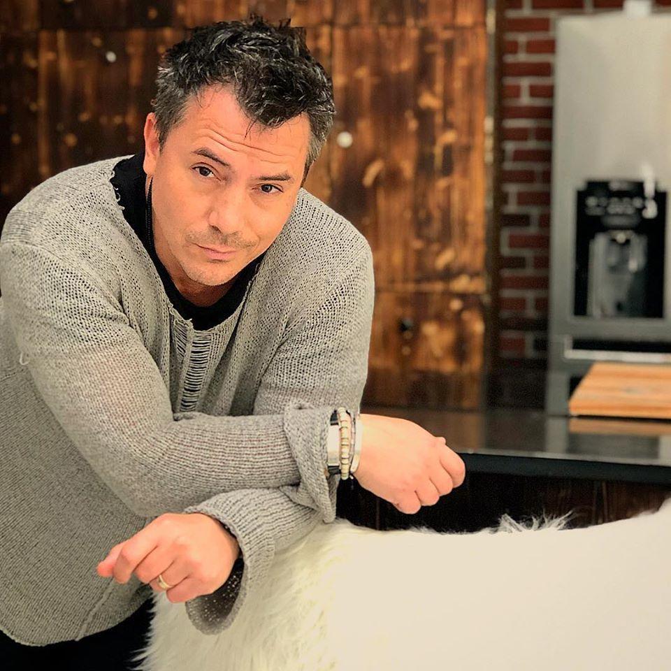 """Răzvan Fodor și-a pus fanele pe jar! Ipostaza neașteptată în care s-a pozat: """"Sunt un băiat mai din topor"""""""