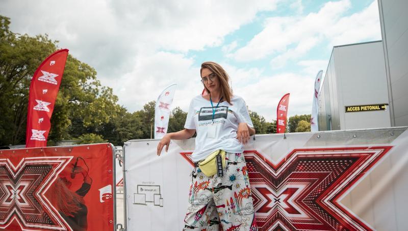 Actrița Ilona Brezoianu în culisele X Factor, în curând, pe AntenaPlay