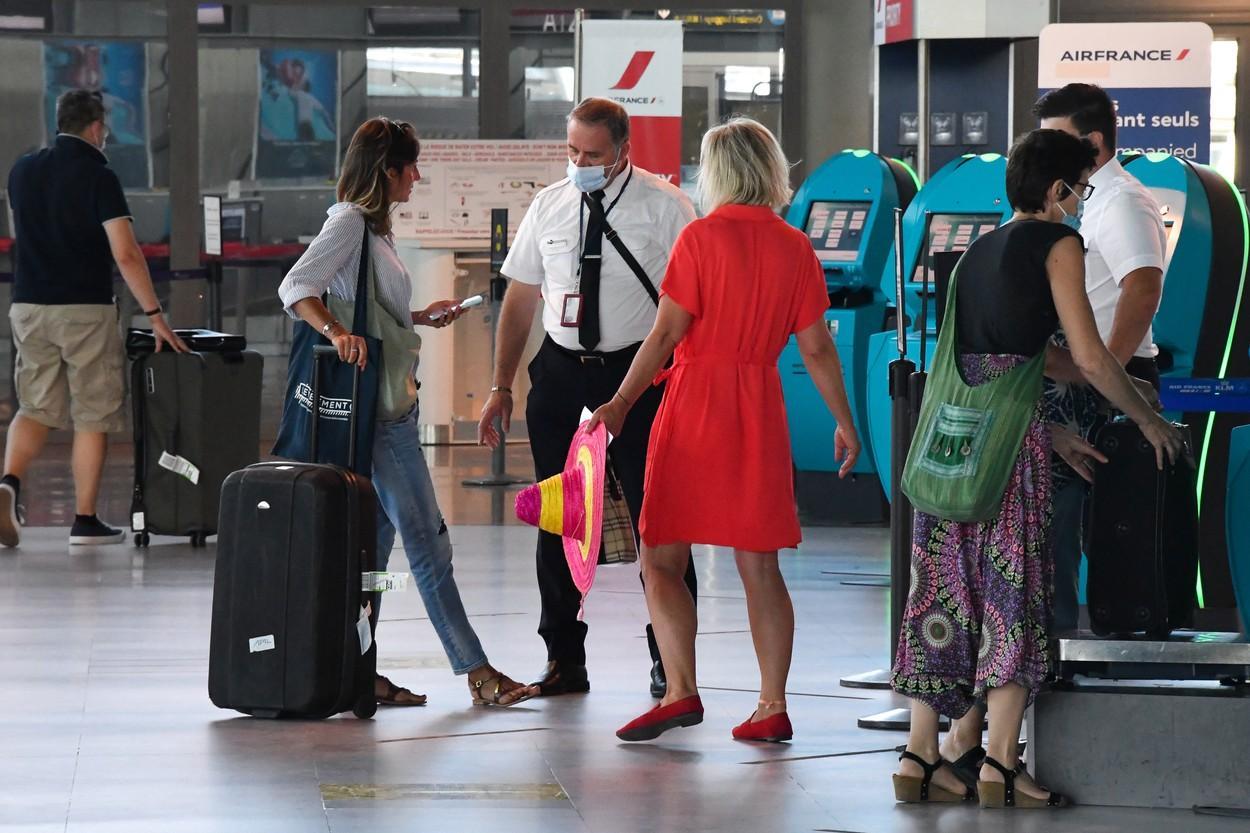 Ultimă oră! Prima țară din UE care interzice zborurile din România și alte nouă state europene. Austria anulează toate cursele aeriene