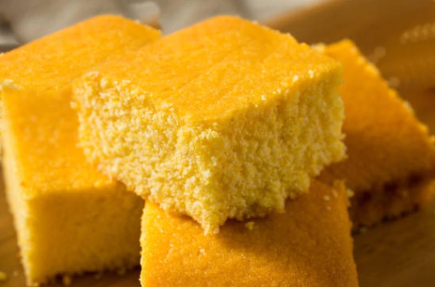 Prăjitura Mălai dulce. Rețetă tradițională de alivenci moldovenești