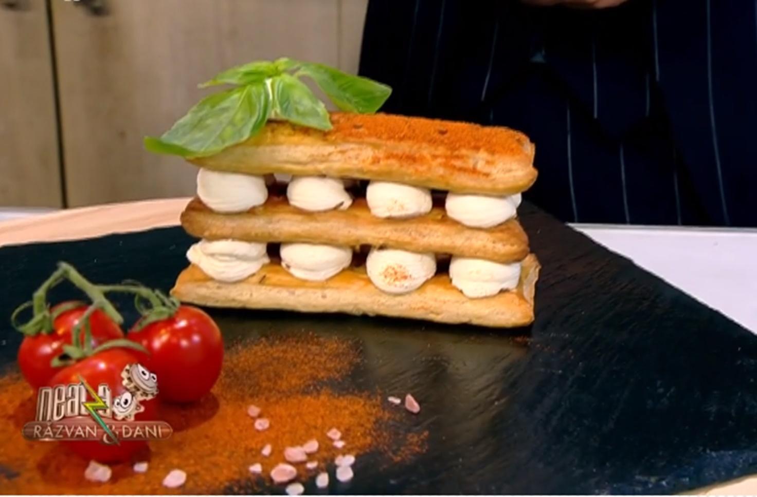 Millefeuille cu brânză sărată. Rețetă de cremșnit aperitiv