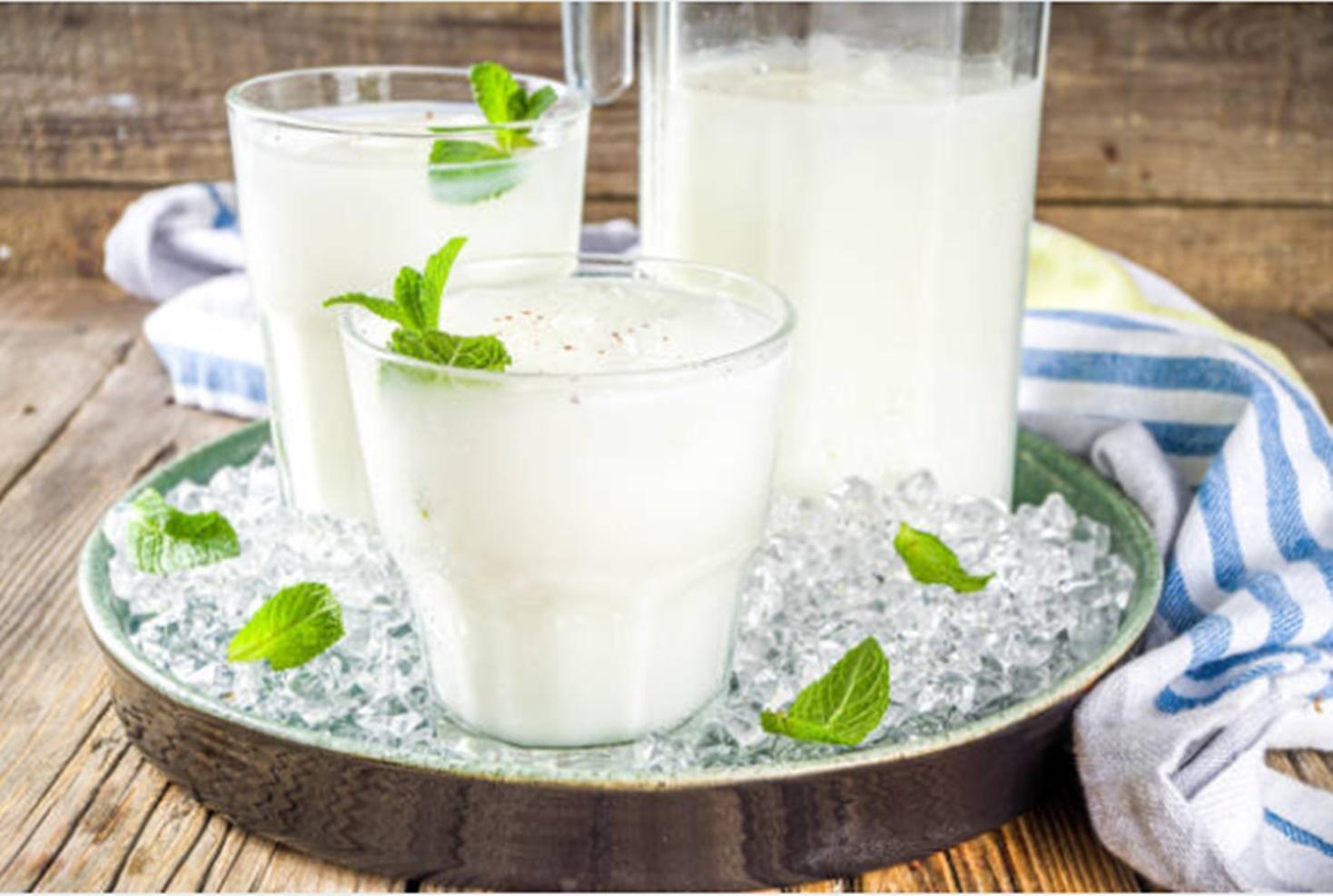 Ayran. Rețetă de băutură tradițională turcească pe bază de iaurt