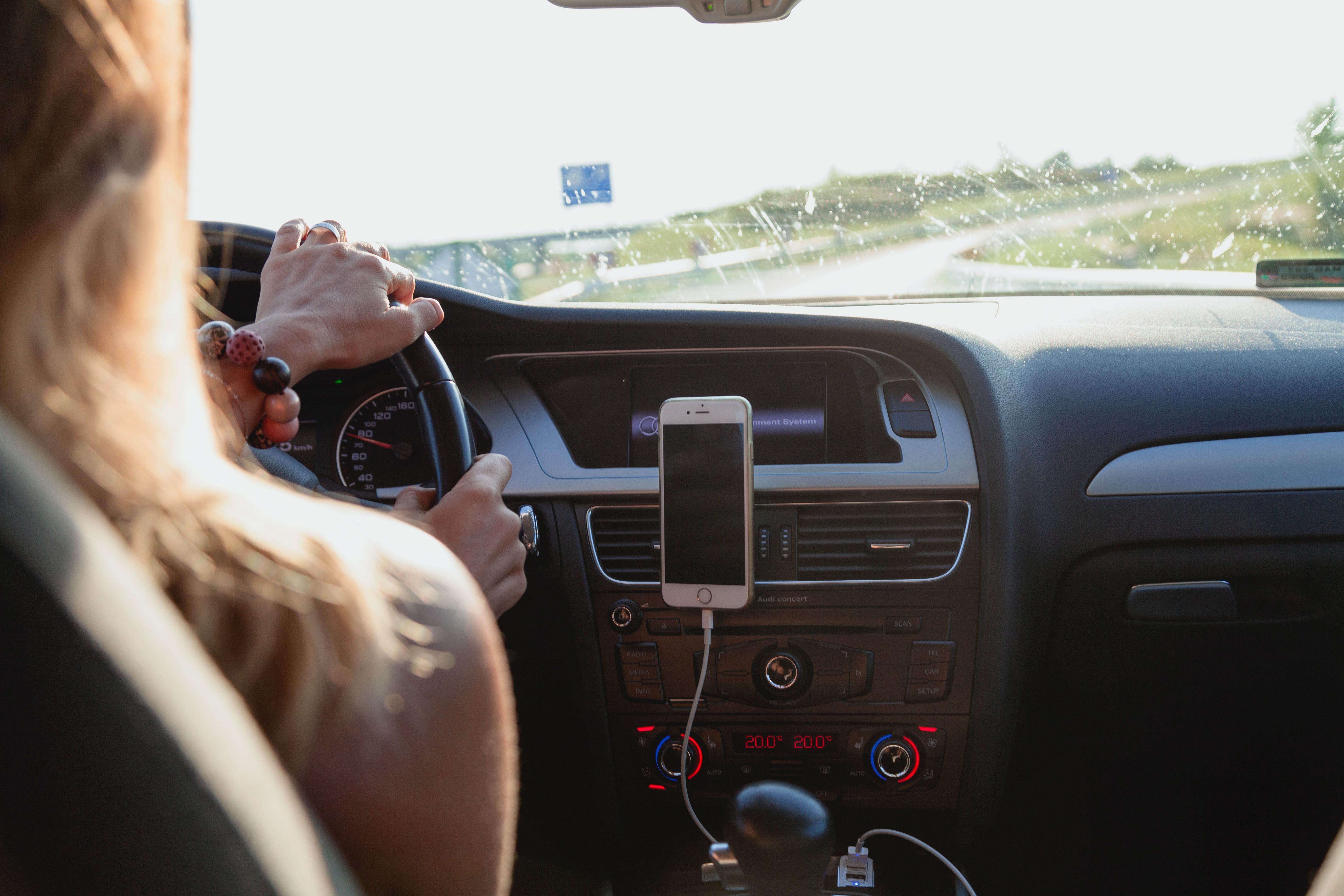 Atenție, șoferi! Din 25 august au loc schimbări majore. Apar noi puncte pentru controlul rovinietei