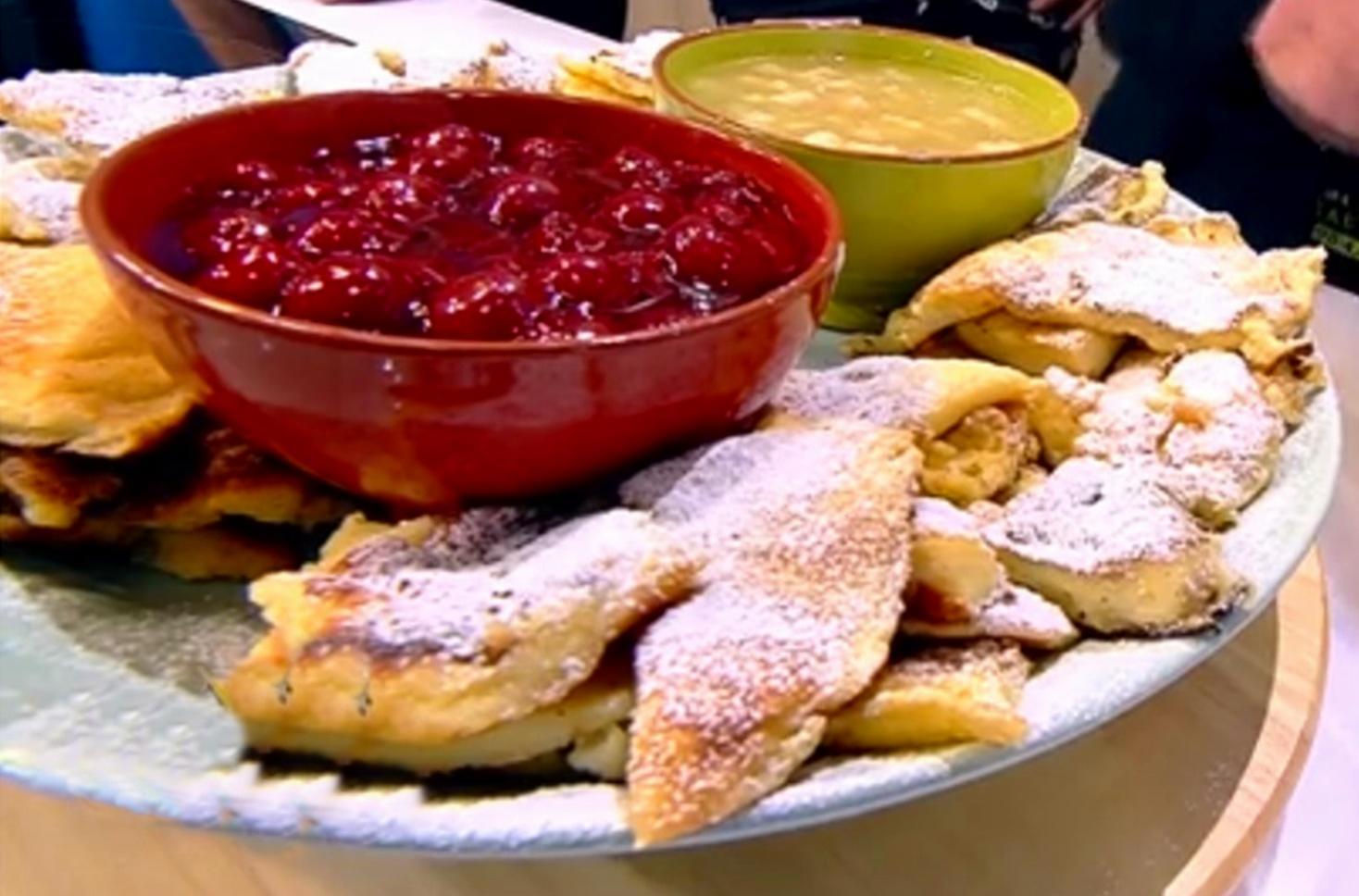 Rețeta Kaiserschmarrn cu sos delicios de fructe