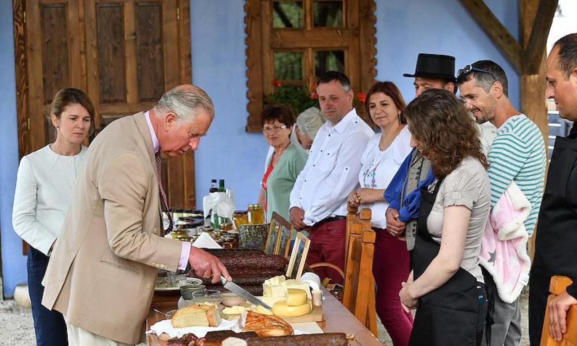 """Prinţul Charles promovează din nou România, într-un video viral: """"Mergeți în vacanță la voi în țară. Eu am găsit locuri uimitoare"""" - Video"""