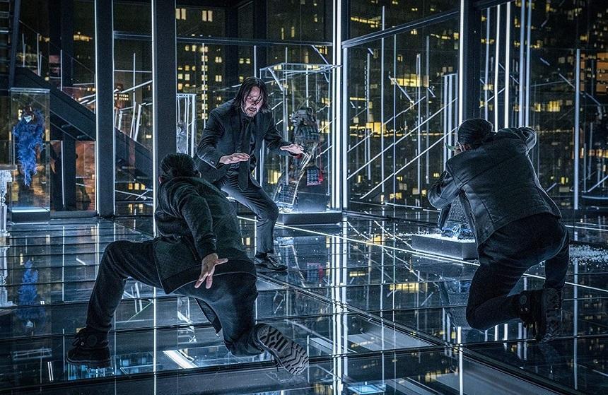 """Următoarele două lungmetraje din franciza """"John Wick"""", cu Keanu Reeves, filmate simultan"""