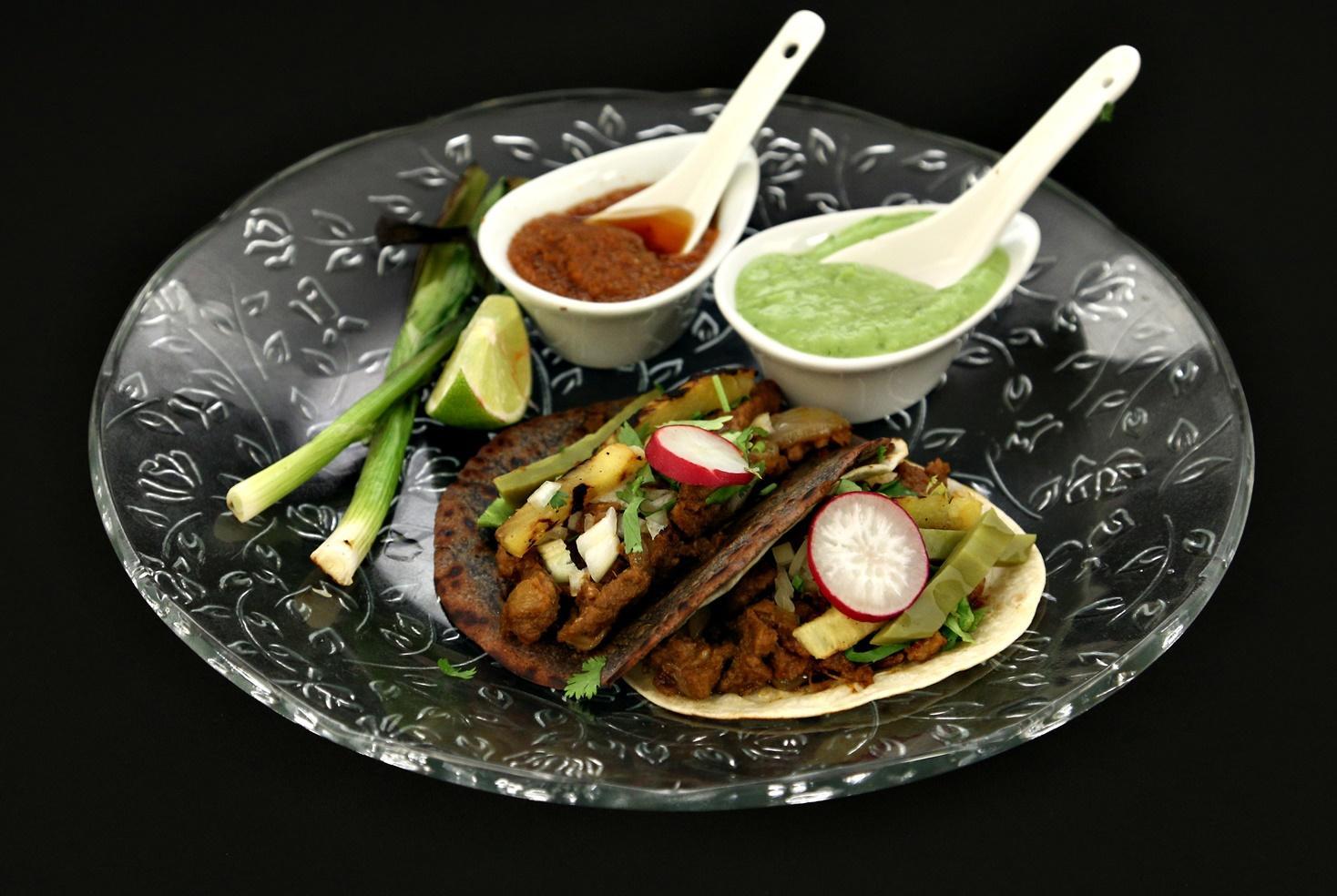 Tacos al Pastor. Rețetă de shaorma mexicană cu carne de porc