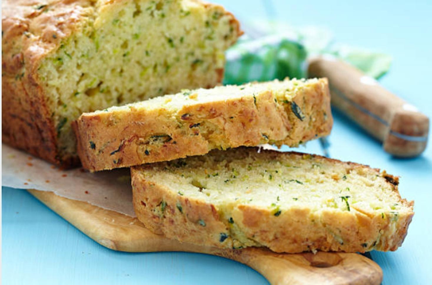 Chec aperitiv cu dovlecei și brânză, pentru mic dejunuri savuroase