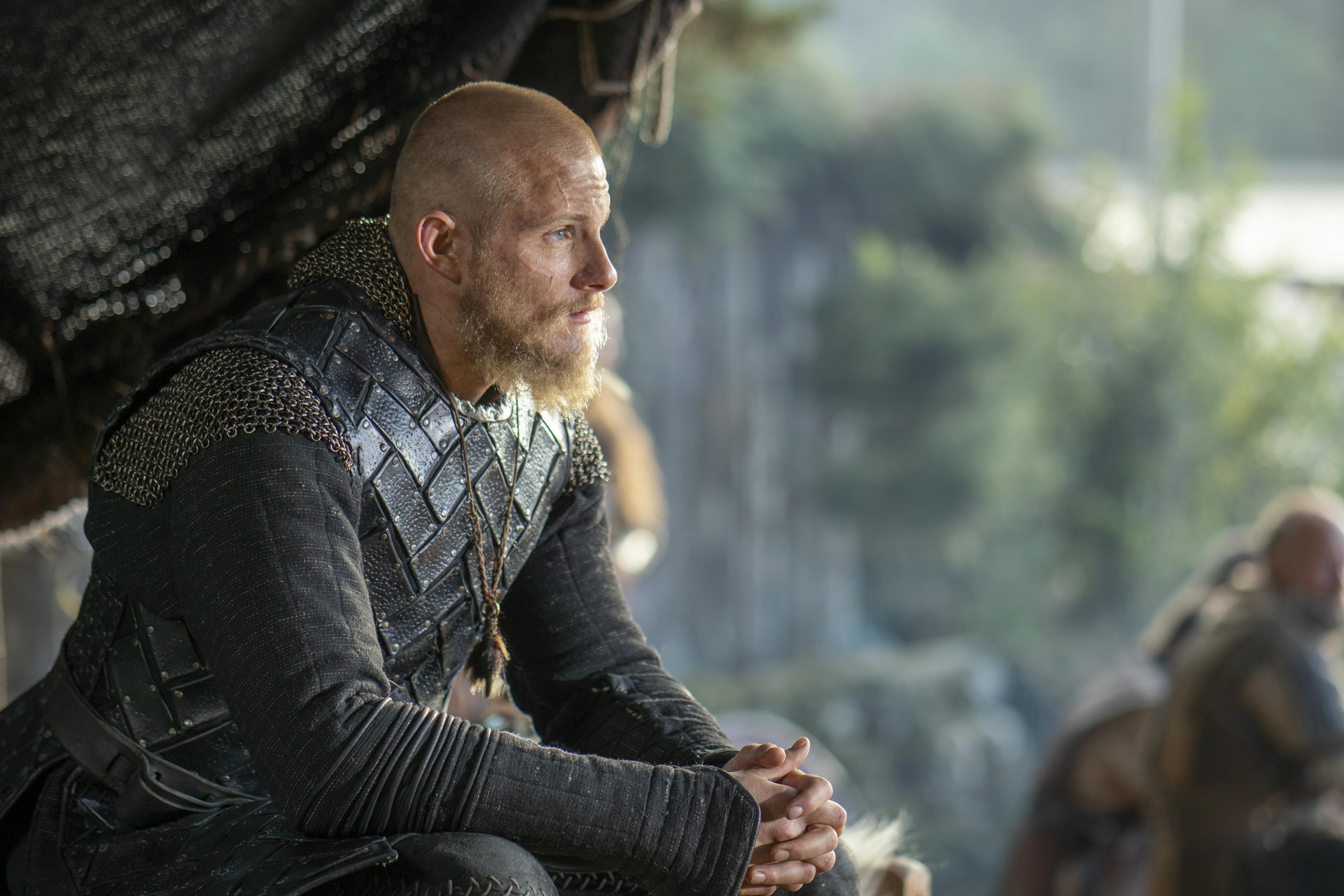 """Cum arată noua iubită a actorului Alexander Ludwig, Bjorn din """"Vikings"""""""