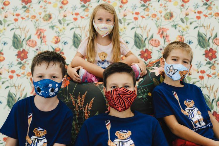 La printcenter.ro textilele se tratează antiviral și antibacterian  pentru o protecție eficientă