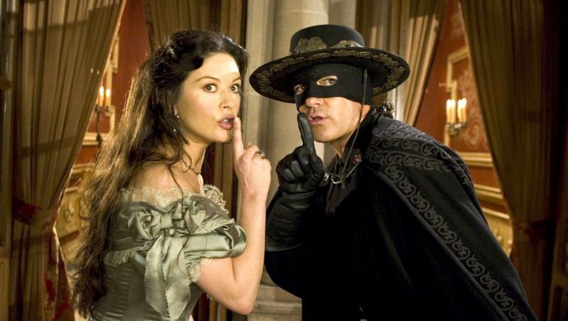 """Antonio Banderas și Chaterine Zeta Johnes, într-o scenă celebră din filmul """"Legenda lui Zorro"""""""