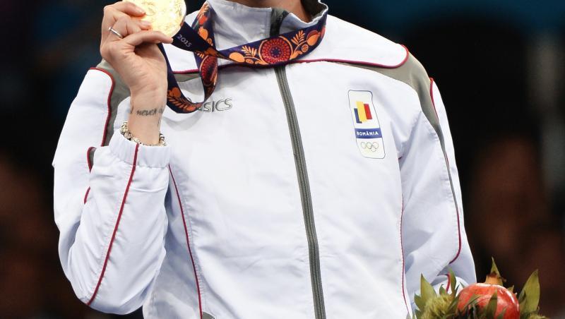 Ana Maria Brânză pe podium cu medalia de aur în mână