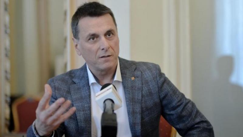 Bogdan Stanoevici a fost actor și politician român