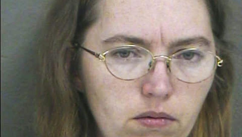 lisa montgomery, fotografiata dupa ce a ucis o femeie si i-a furat copilul nenascut