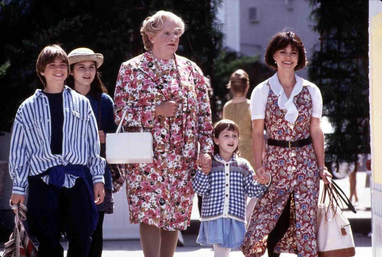 """Îți amintești de fetița din filmele """"Mrs. Doubtfire"""" și """"Matilda""""? Cum arată azi Mara Wilson"""