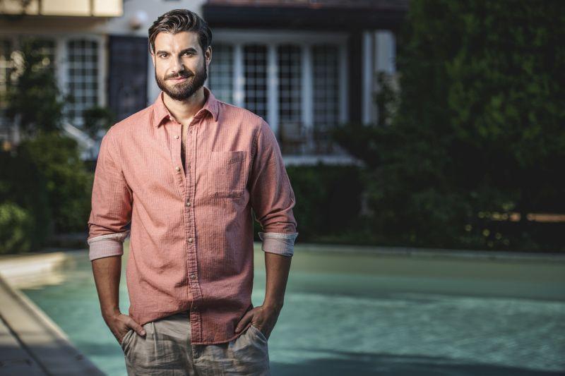 """Cine este Andi Constantin, protagonistul show-ului """"Burlacul"""" de la Antena 1! Detalii neștiute despre acesta"""