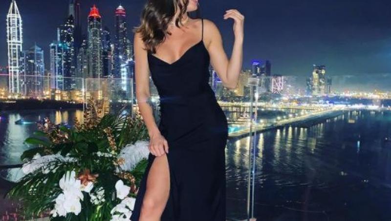 Bruneta focoasă apare în costum de baie sexy, într-o destinație exotică. Cum s-a fotografiat Raluka, fosta concurentă Asia Express