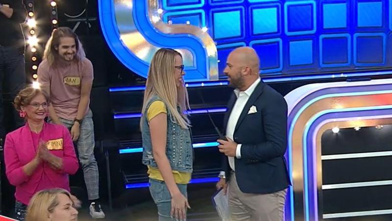 O concurentă de la Prețul cel bun l-a luat prin suprindere pe Andrei Ștefănescu cu înălțimea ei. Iată ce i-a spus ea