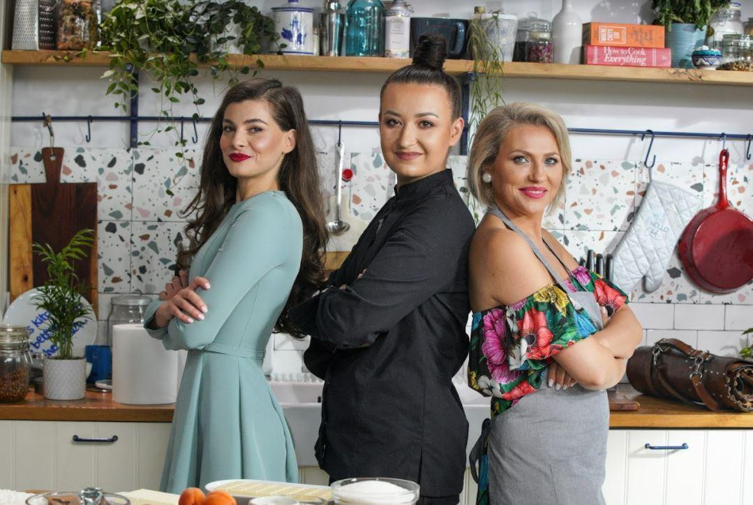 Hello Chef, sezon 2, episod 8. Rețeta de tartă cu cremă de fistic à la Chef Roxana Blenche. Ingrediente și mod de preparare
