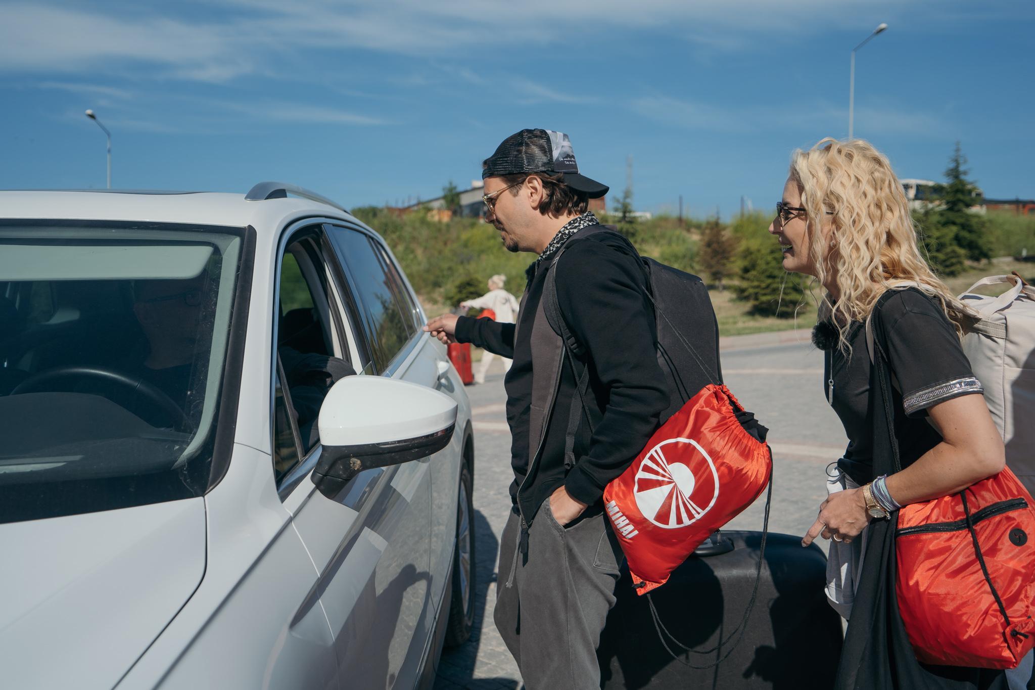 """Asia Express, 3 octombrie 2021. Ce """"schemă"""" a făcut Mihai Petre ca să găsească mașină. Concurenții au rămas fără cuvinte"""