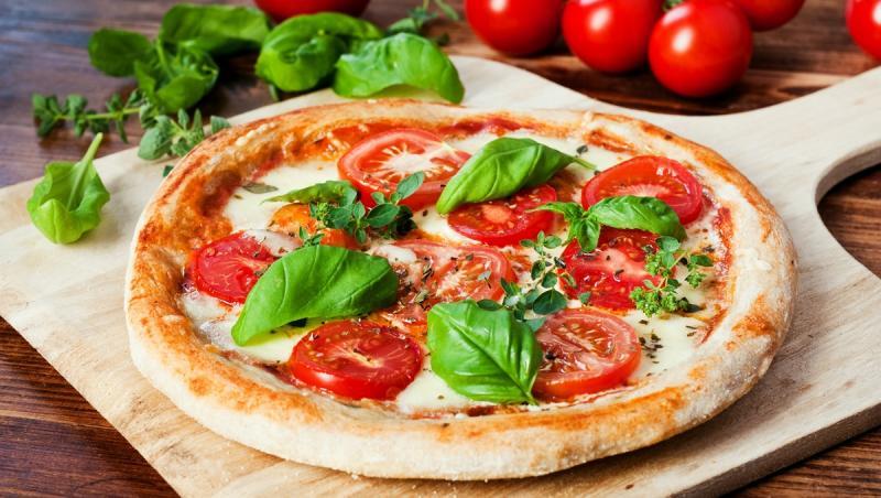 Secretul gustului deosebit al pizzei constă în calitatea ingredientelor