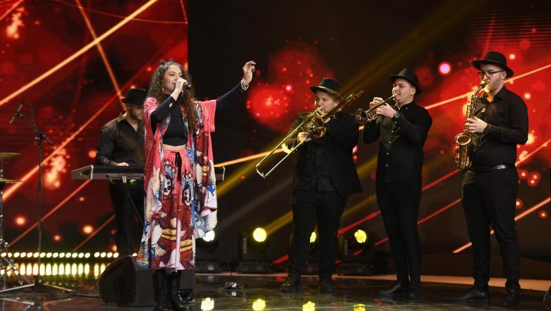 Taraful Rutenilor, Carmen Chindriș pe scena iumor și Mihai Bendeac