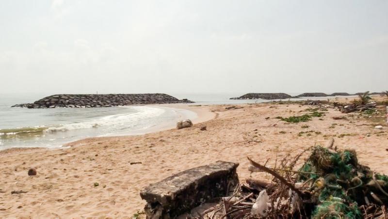 plaja unde femeia a găsit straniul obiect