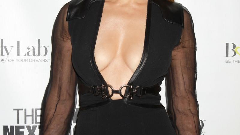 jennifer lopez rochie neagra