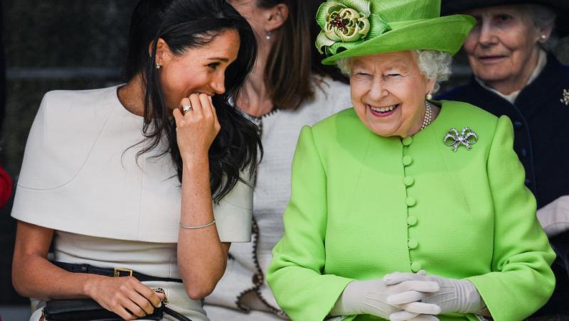 regina elisabeta si meghan markle stau de vorba