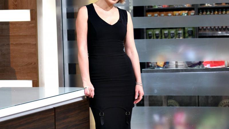 Gina Pistol într-o rochie neagră, la Chefi la cuțite
