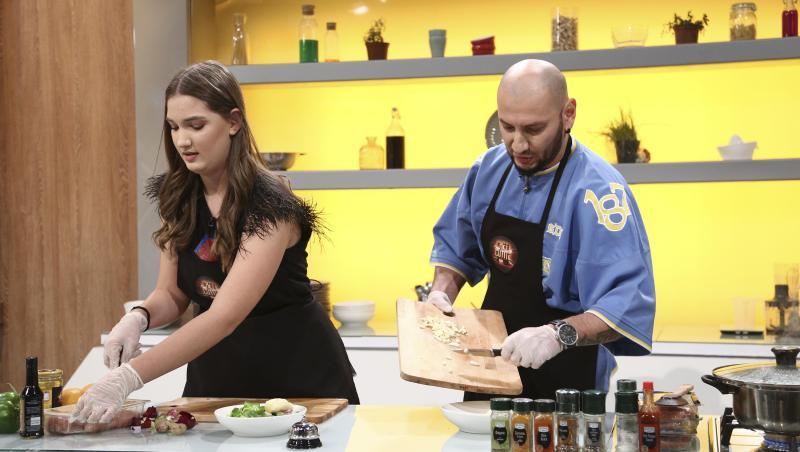 Nick și fiica lui, gătind la Chefi la cuțite