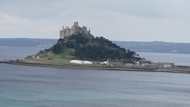Castel medieval și marea nordului