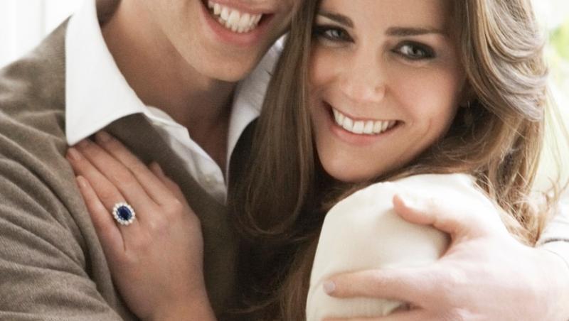 Prințul William și Kate Middleton împlinesc 10 ani de căsnicie, fiind un cuplu extrem de fericit și o familie împlinită, alături de cei itrei copii ai lor, Prințesa Charlotte, Prințul George și Prințul Louis.