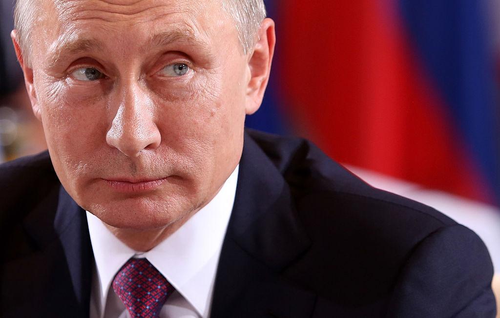 Vladimir Putin este votat cel mai sexi bărbat din Rusia. Cum a fost suprins la piscină conducătorul de stat