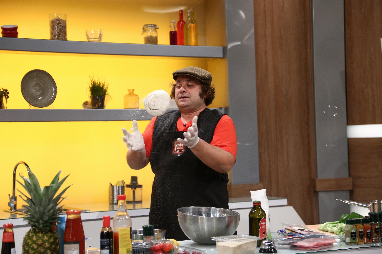 Marius Damian la Chefi la Cuțite, gătește