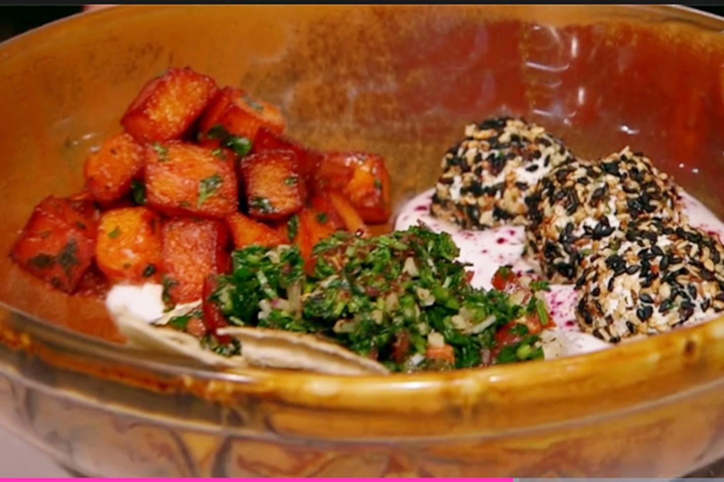 Chefi la cuțite, 25 mai 2021.Rețetă de aperitiv libanez, preparată de Valentina Ioniță în cea de-a zecea confruntare pe echipe