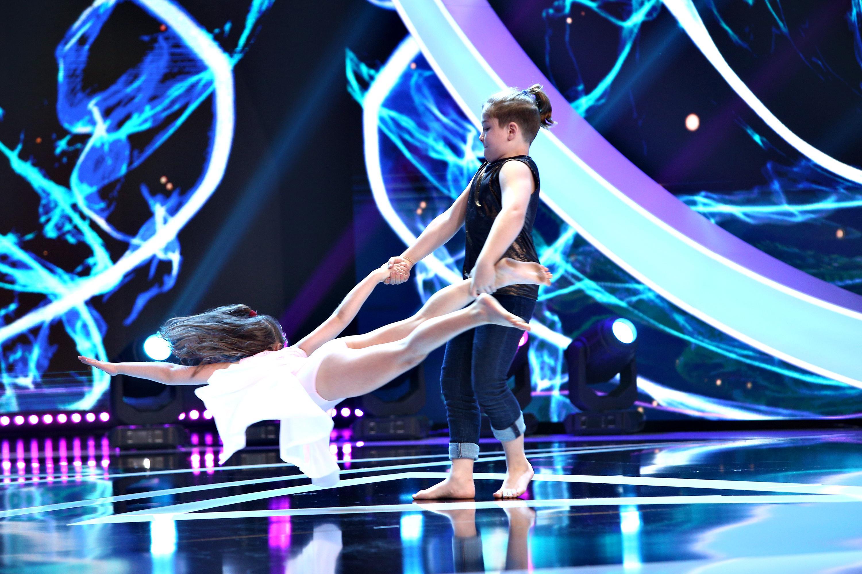 Next Star, 29 mai 2021. Duo Sevestrean, show cu un dans contemporan de vis. Cei doi frați, surpriză de la Cristina Ciobănașu