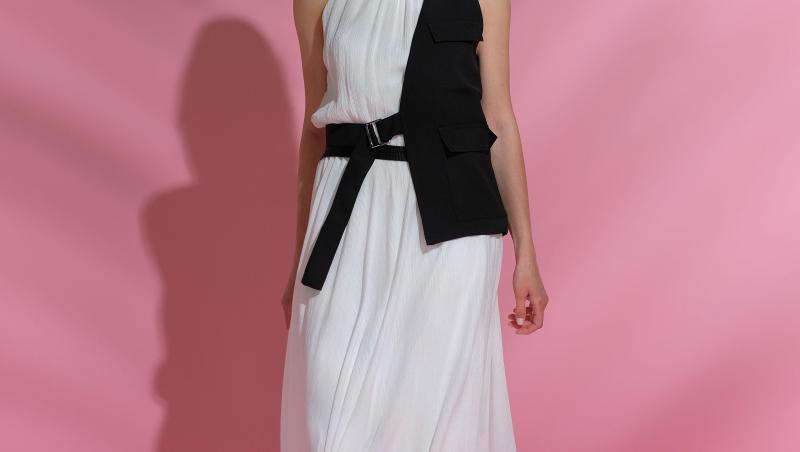Irina Fodor, într-o rochie albă, la Chefi la cuțite
