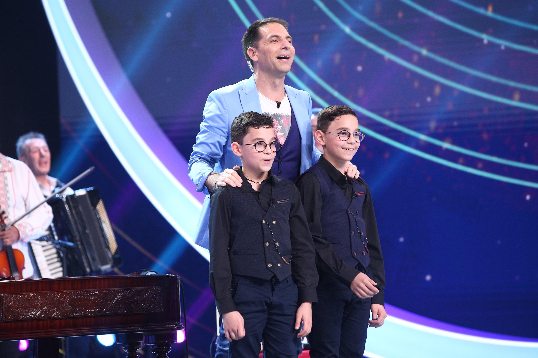 "Next Star, 19 iunie 2021. Gemenii Ianis și Iustin, spectacol la țambal și acordeon: ""S-a dus direct la inimă"""