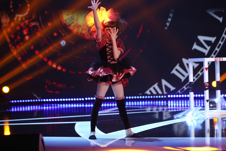 """Next Star, 19 iunie 2021. Bianca Zamfir, """"păpușa vie"""", moment care l-a făcut pe Dorian Popa să se simtă ca într-un film de groază"""