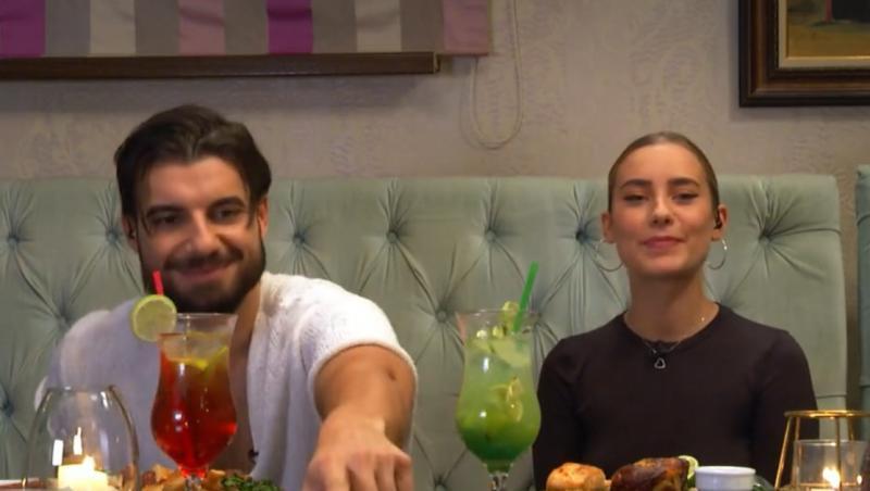 Alexandra Mucea l-a dus pe Andi la un restaurant pentru a lua masa împreună