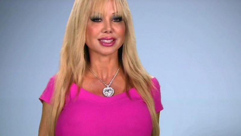 """Vrea să devină cea mai musculoasă """"Barbie"""" din lume. Ce sumă enormă a cheltuit pentru transformarea incredibilă"""
