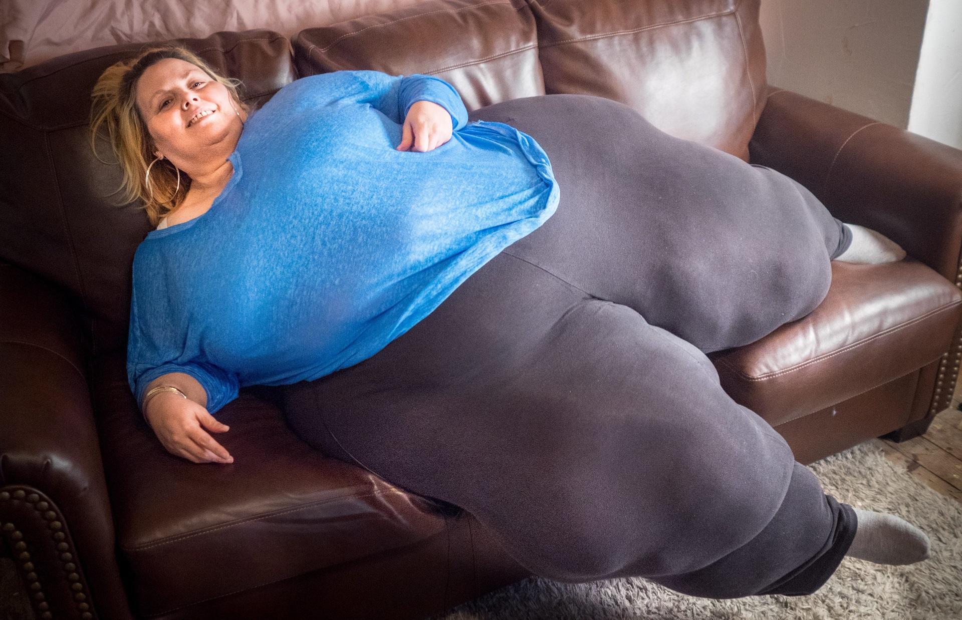 Bobbi-Jo Westley vrea să aibă cele mai mari șolduri din lume. Ce grosime are corpul ei
