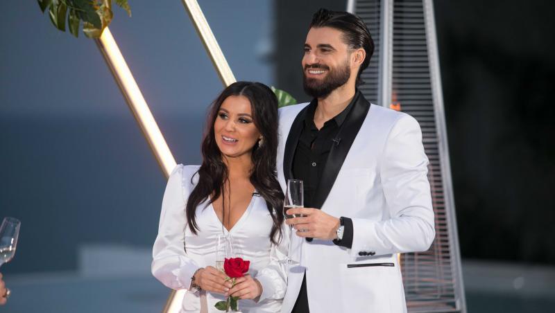 Andi Constantin și Ana Bene apropiați