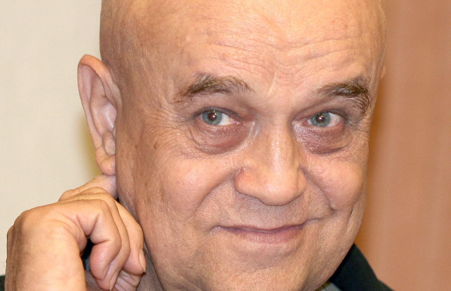 Soția lui Benone Sinulescu a spus ce s-a întâmplat cu artistul, de fapt. Fostul impresar al cântărețului a reacționat imediat