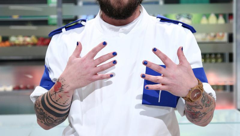 cirpian antone, in tunica echipei albastre de la chefi la cutite, sezonul 9