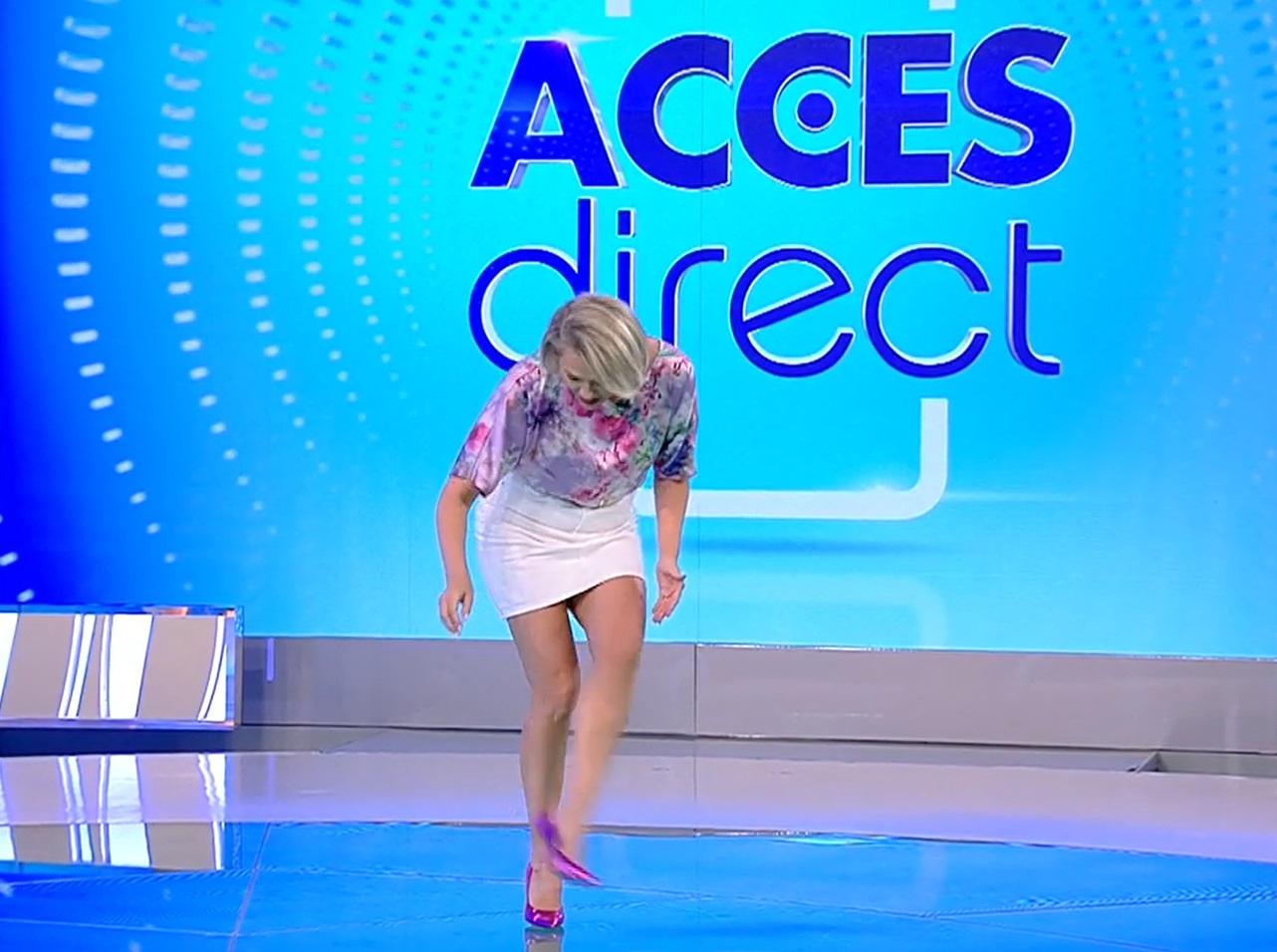 """Mirela Vaida s-a accidentat chiar la intrarea în platoul """"Acces Direct"""". Ce a pățit vedeta: """"Trebuie să mă mut la biserică"""""""