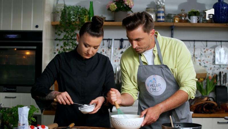 Hello Chef, episodul 8. Rețeta de millefeuille cu sos de zmeură a Roxanei Blenche. Invitat: doctorul Mihail Pautov