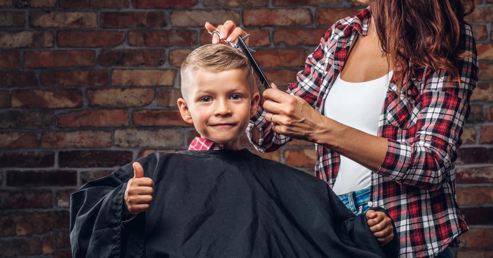 Thomas Waller, un băiețel confundat des cu fetele datorită părului lui, s-a tuns după doi ani. Motivul i-a impresionat pe toți